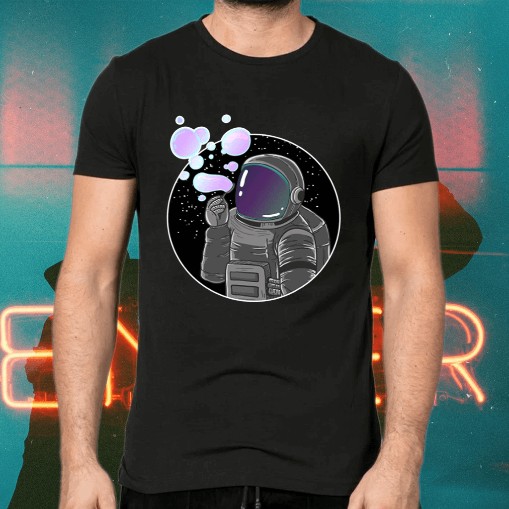 Astronaut Blowing Bubbles Funny Spaceman Galaxy Gift Tee Shirt